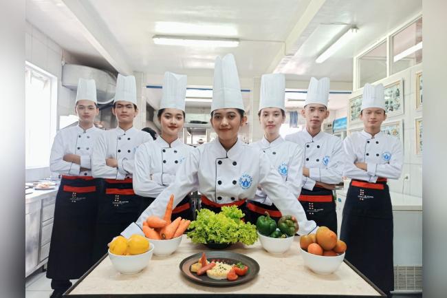 Program Kuliner 1 Tahun De Access Hotel Culinary Training